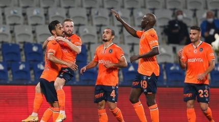 Başakşehir, gol oldu yağdı! 5-1