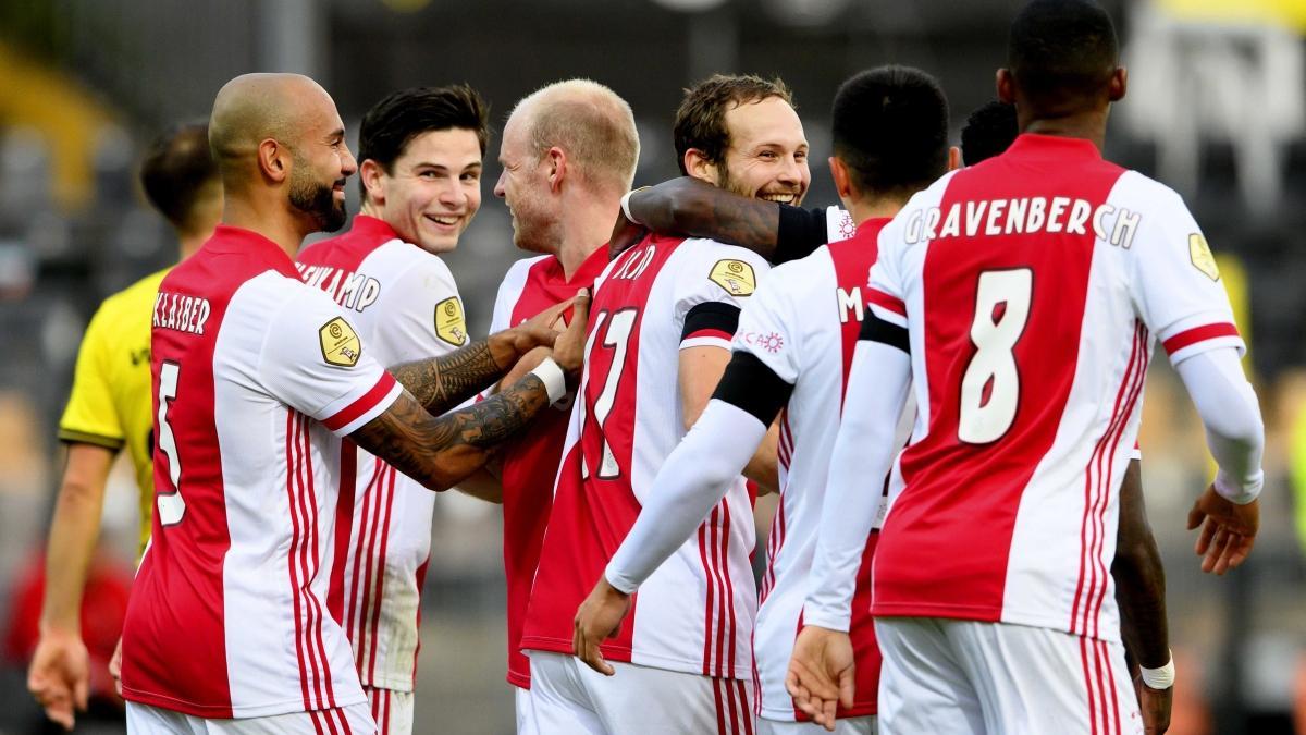 Ajax gol oldu yağdı! 13-0