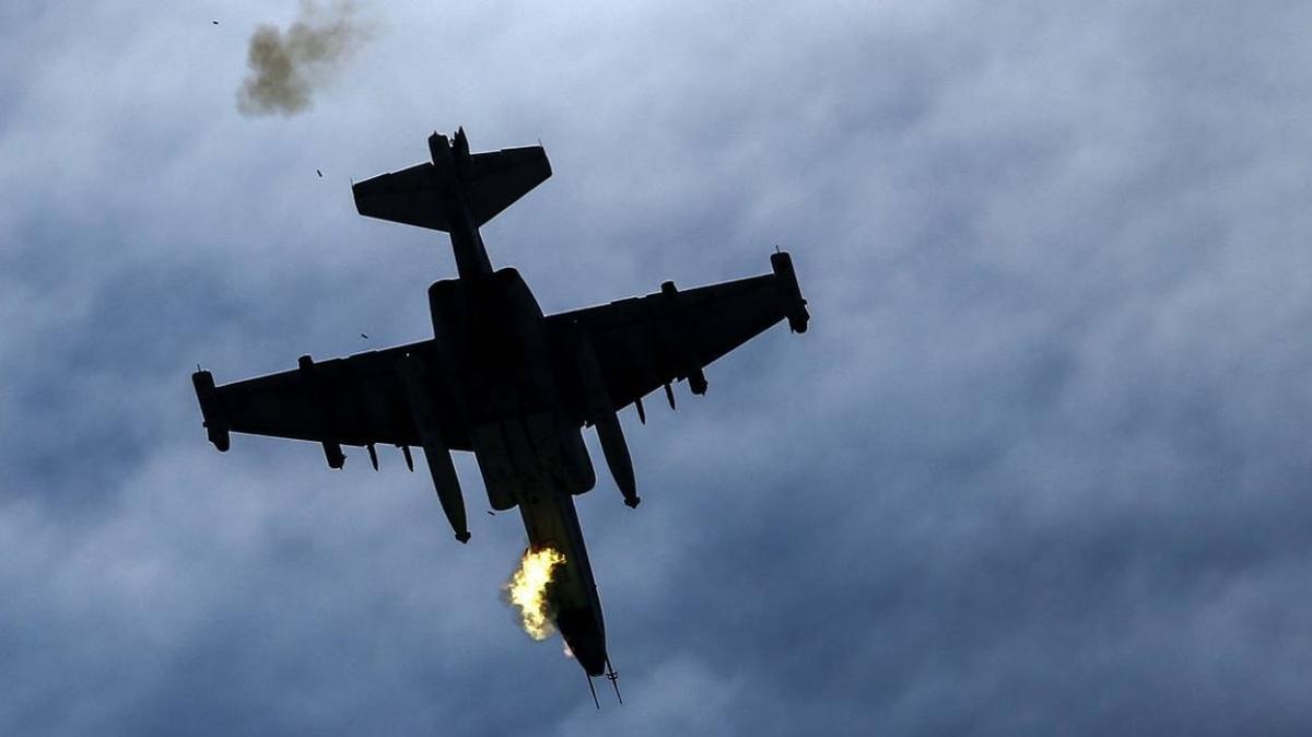 Son dakika haberi... Azerbaycan ordusu duyurdu: Ermenistan'a ait savaş uçağı düşürüldü