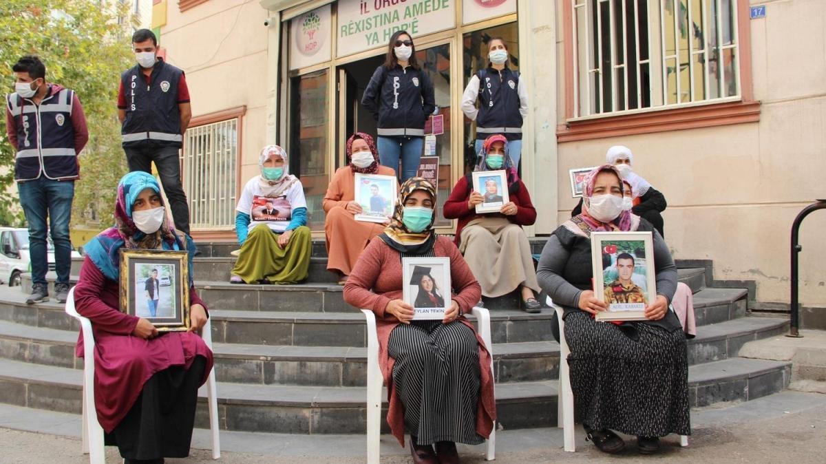 Diyarbakır annelerinden HDP Diyarbakır Milletvekili Beştaş'a tepki: Onları kendi ellerinizle ölüme siz yolladınız
