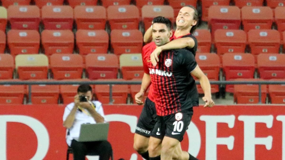 Gaziantep FK, yeni sezonun ilk galibiyetini Konyaspor karşısında aldı
