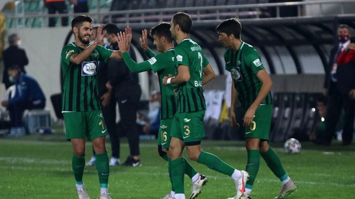 Akhisarspor Bursaspor'u 2-1 mağlup etti