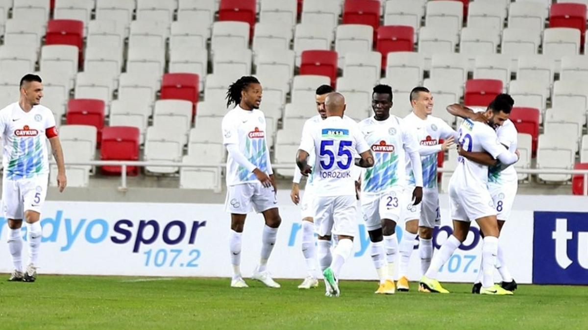 Çaykur Rizespor'dan, Sivasspor karşısında rahat galibiyet