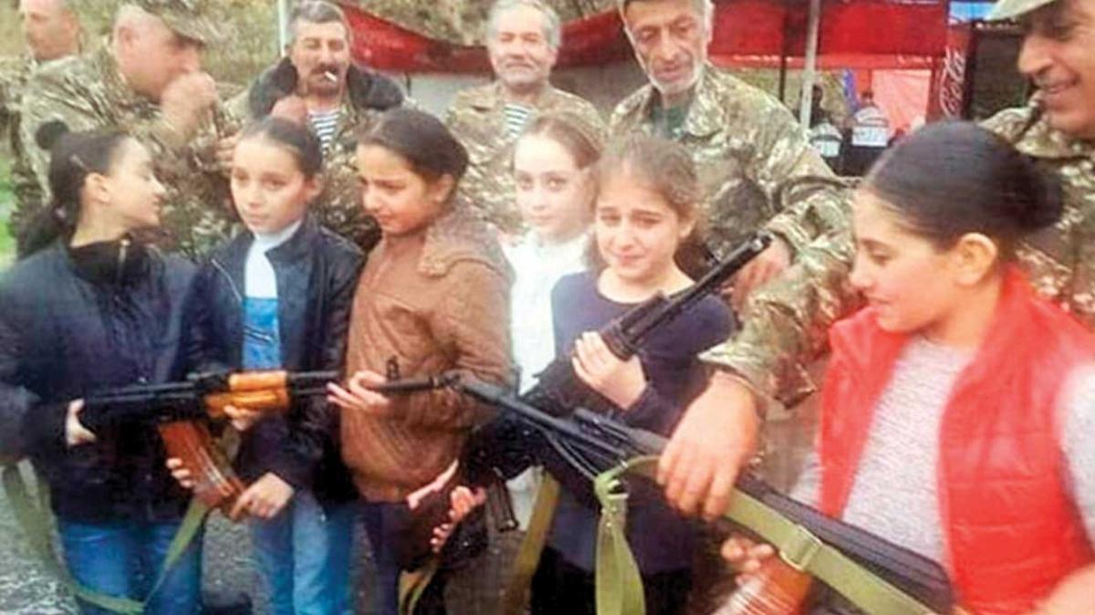 Erivan yine savaş suçu işliyor... Çocukları cepheye sürdüler