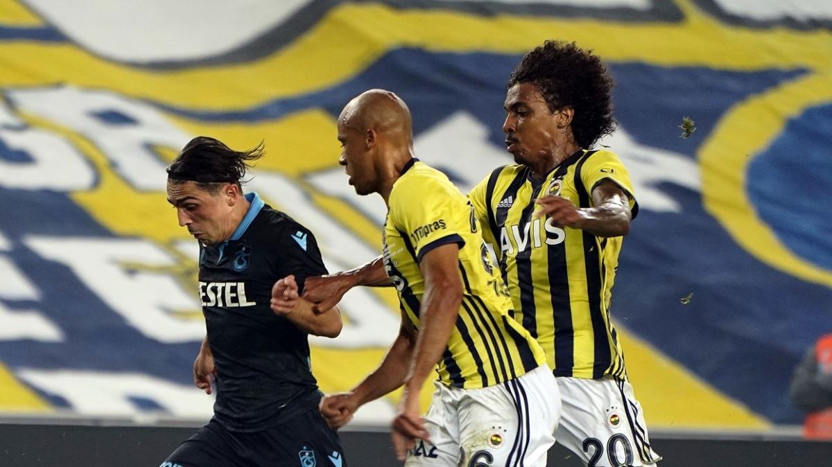 Fenerbahçe'de Luiz Gustavo kart sınırına geldi