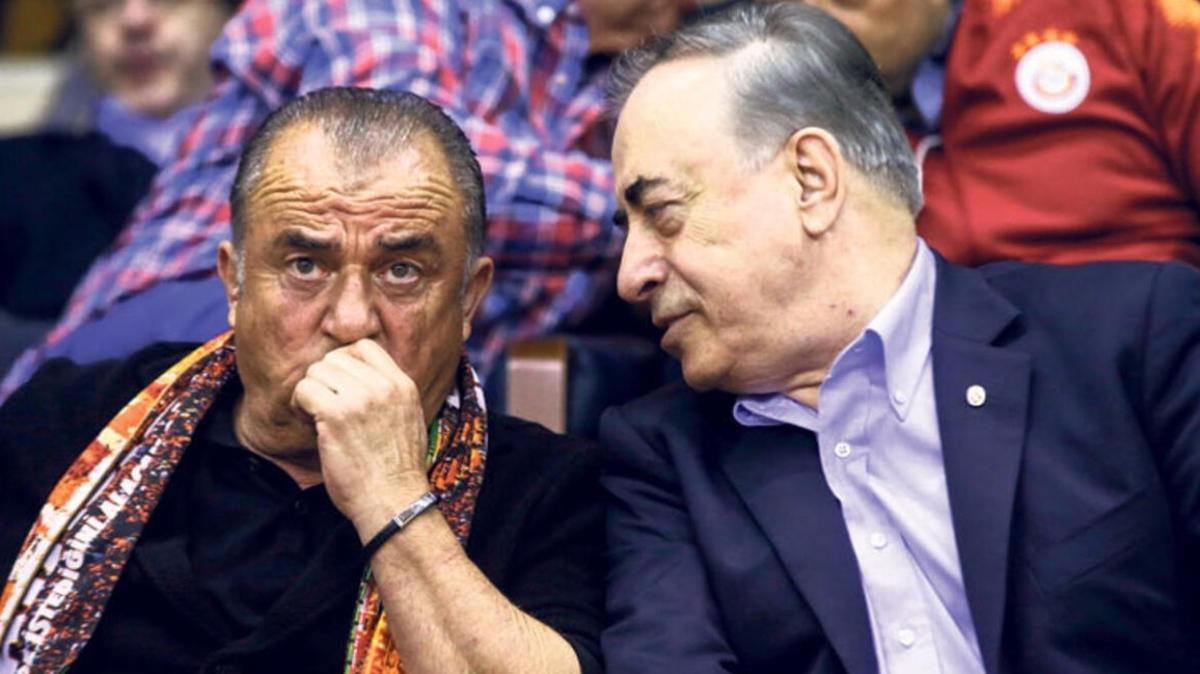 Galatasaray'da sıcak saatler: Açıklamalar peş peşe
