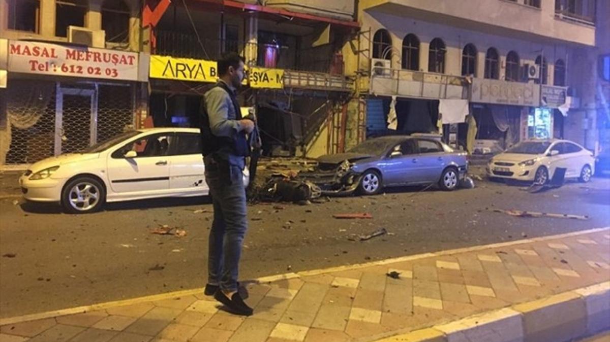 Hatay'da patlama meydana geldi... 2 terörist etkisiz hale getirildi