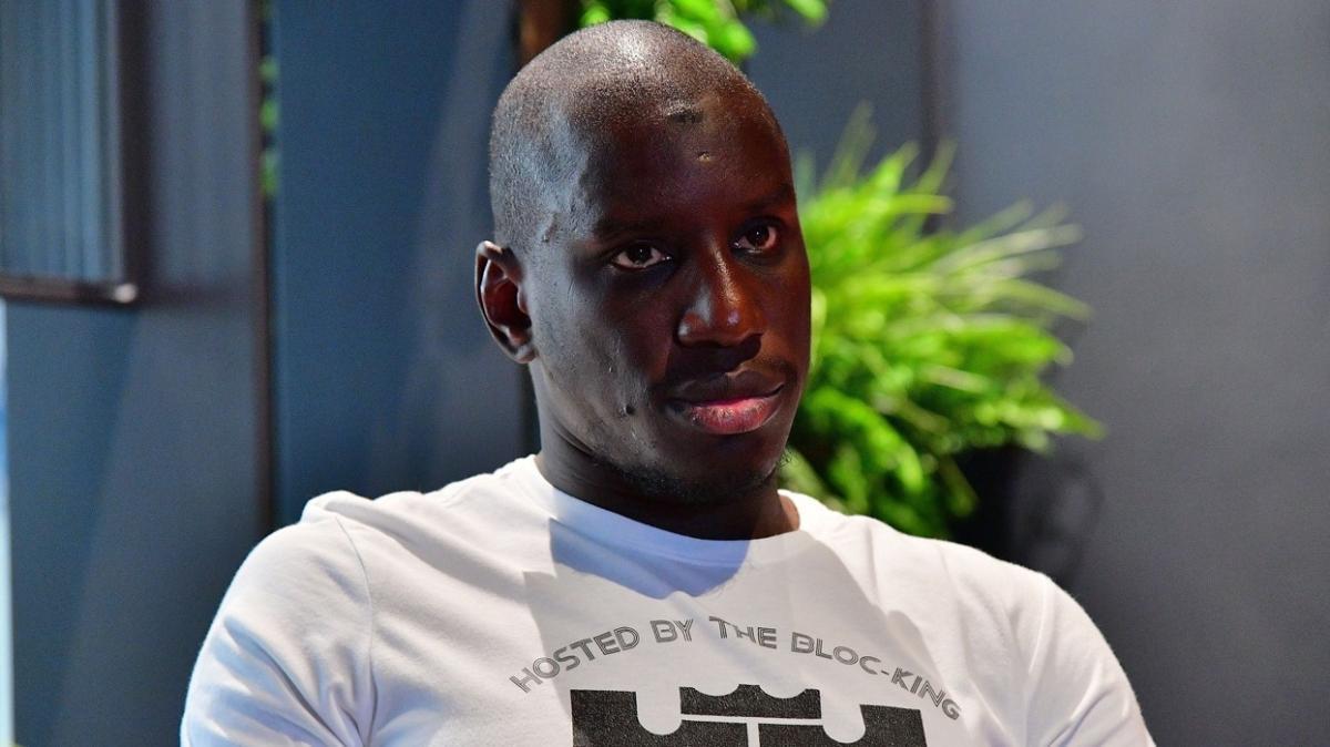Fransız gazetecinin kışkırtıcı sorusuna Demba Ba'dan ders niteliğinde cevap