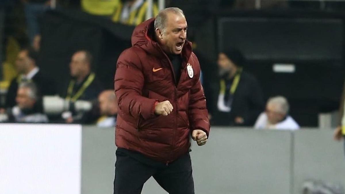 Galatasaray'ın Fatih Terim'li günaydın tweetinde dikkat çeken detay