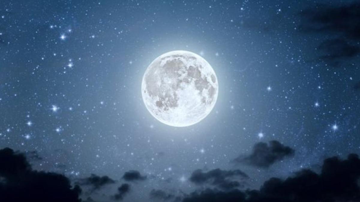 """Ay'da su mu bulundu"""" NASA'dan Ay'da su keşfi!"""