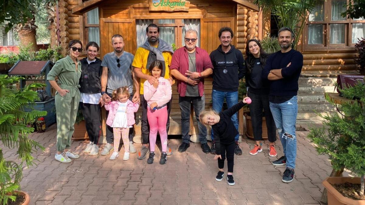 Volkan Demirel, 39. yaşını İznik'te kutladı