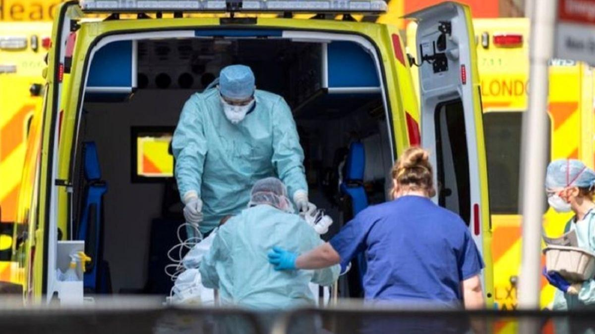 İngiltere'den koronavirüs aşısı açıklaması: İlk Kovid-19 aşıları kusurlu olabilir