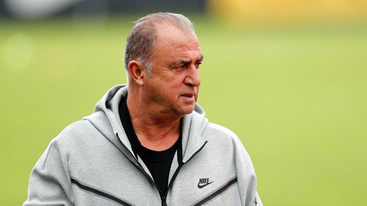 Galatasaray'da teknik direktör Fatih Terim hala ideal kadrosunu bulamadı