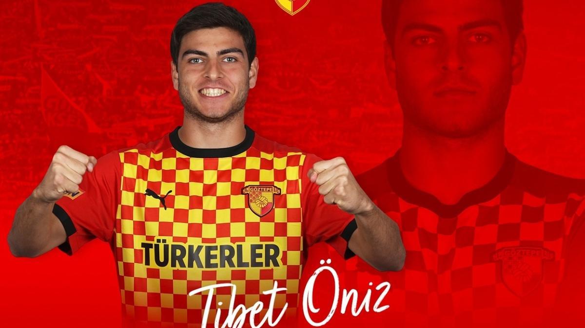 Göztepe, altyapısından 3 futbolcu ile profesyonel sözleşme imzaladı