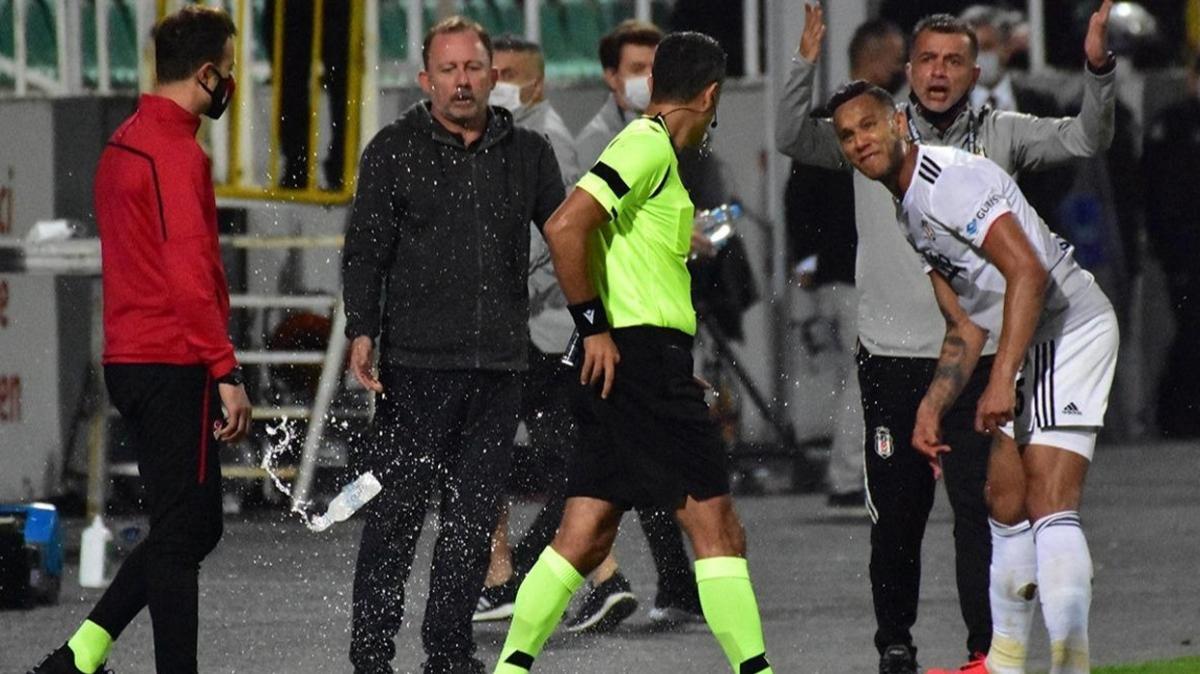 PFDK, Josef de Souza'ya 2 maçtan men cezası verdi