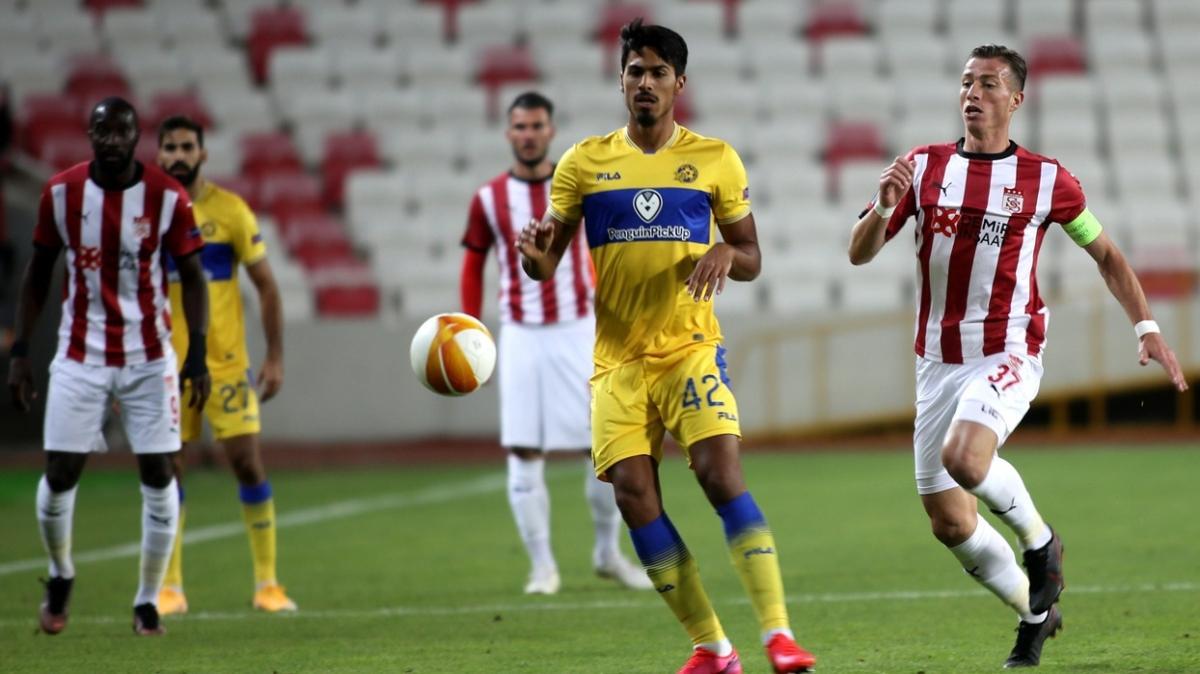 Sivasspor öne geçtiği maçta Maccabi Tel-Aviv'e 2-1 mağlup oldu