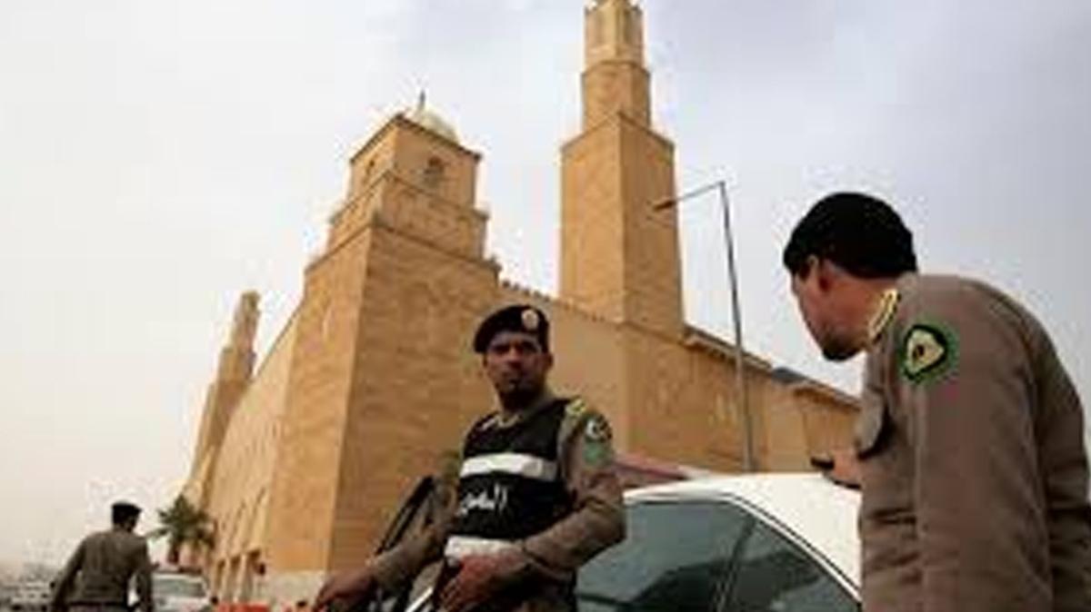 Suudi Arabistan'daki Fransız konsolosluğunda bir koruma bıçaklandı