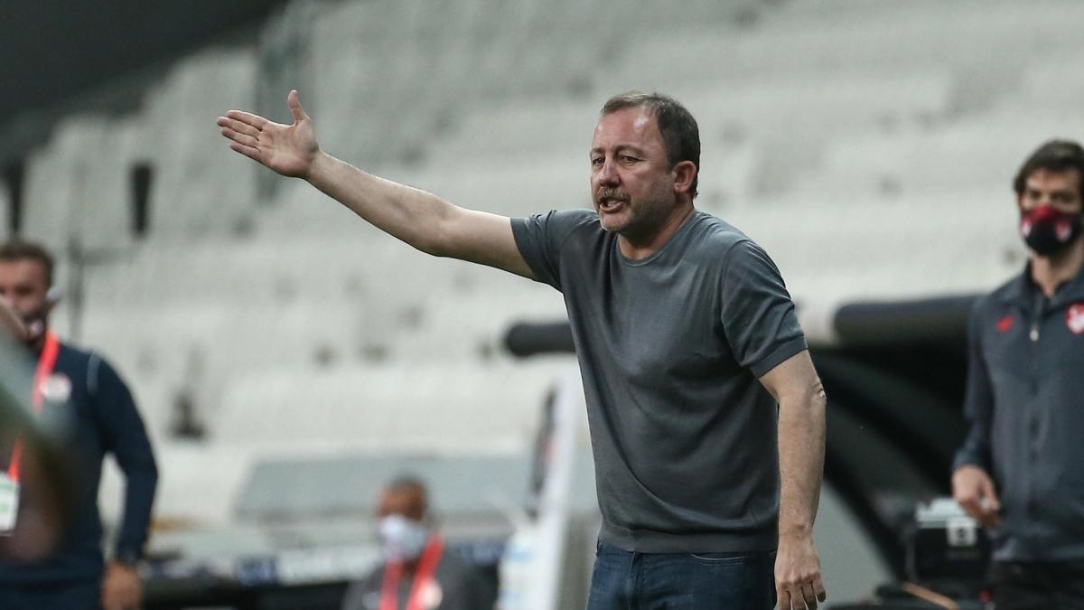 Beşiktaş'ta 'kanat' problemi