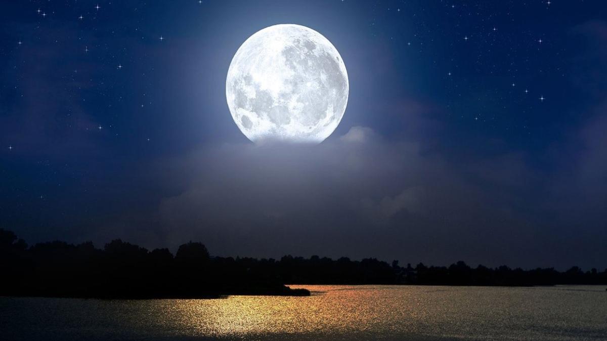 """Mavi Ay Türkiye'den izlenecek mi"""" Mavi Ay (dolunay) hangi burçları etkileyecek"""" Mavi ay tutulmasının burçlara etkisi!"""