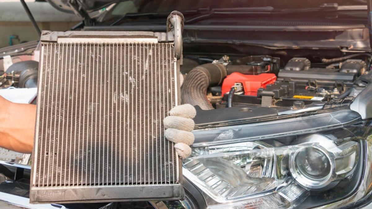 Yargıtay, 11 yıl önce alınan otomobilin eksik çıkan parçası nedeniyle aracın sıfırıyla değiştirilmesine hükmetti