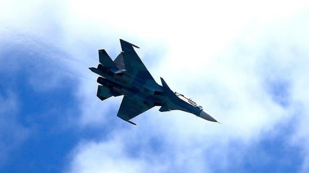 Azerbaycan ordusu, işgalci Ermenistan'a ait bir SU-25 savaş uçağını daha düşürdü