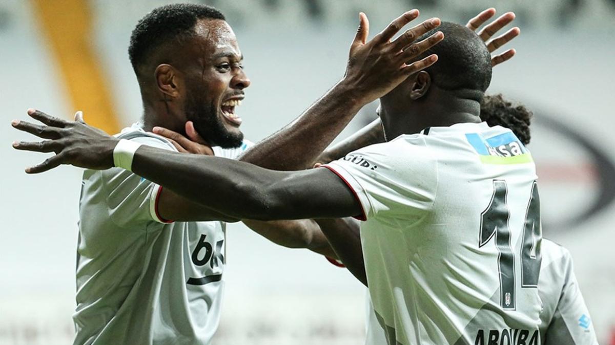 Beşiktaşlı Larin her 2 maçta 1 gol ortalaması tutturdu