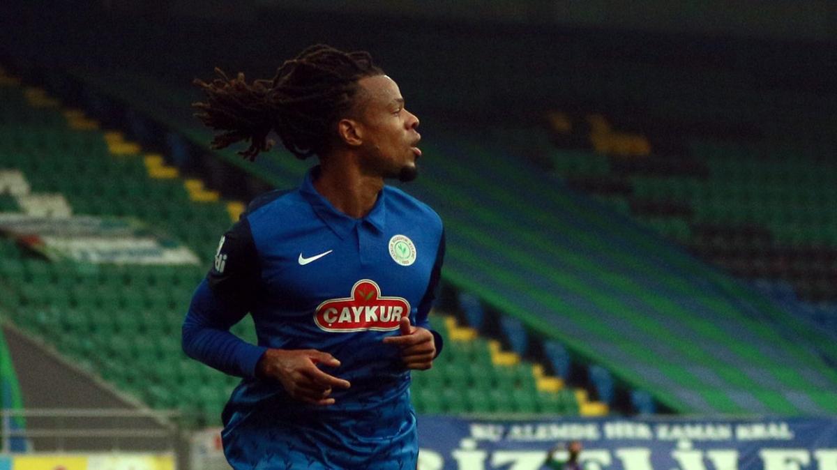 Loic Remy Galatasaray'ın kapısından dönmüş