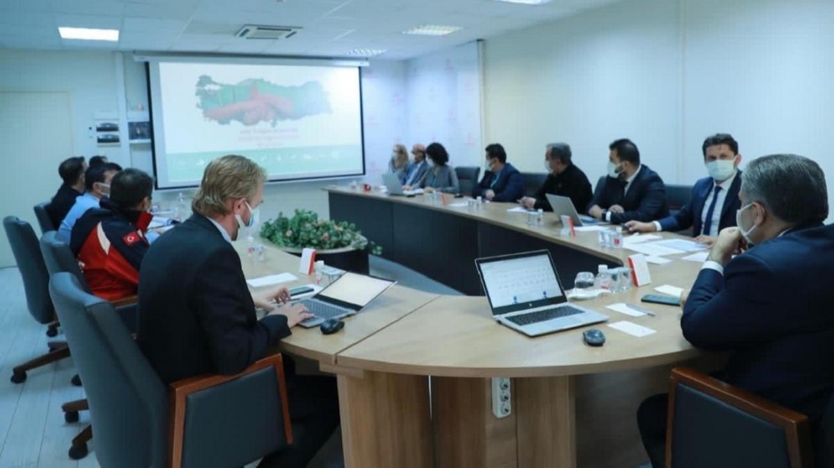 Bakan Koca, İzmir'de kararlarını açıkladı