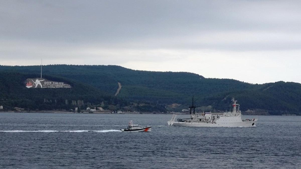 Rus istihbarat gemisi Çanakkale Boğazı'ndan geçerek Marmara Denizi'ne doğru yol aldı