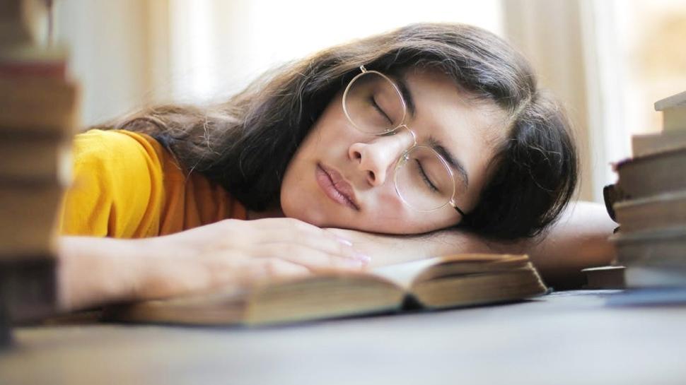 Kış aylarında geçmeyen kronik yorgunluğa çözüm önerileri
