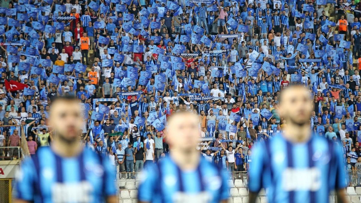 Adana Demirspor'da 24 futbolcu koronavirüs kaptı