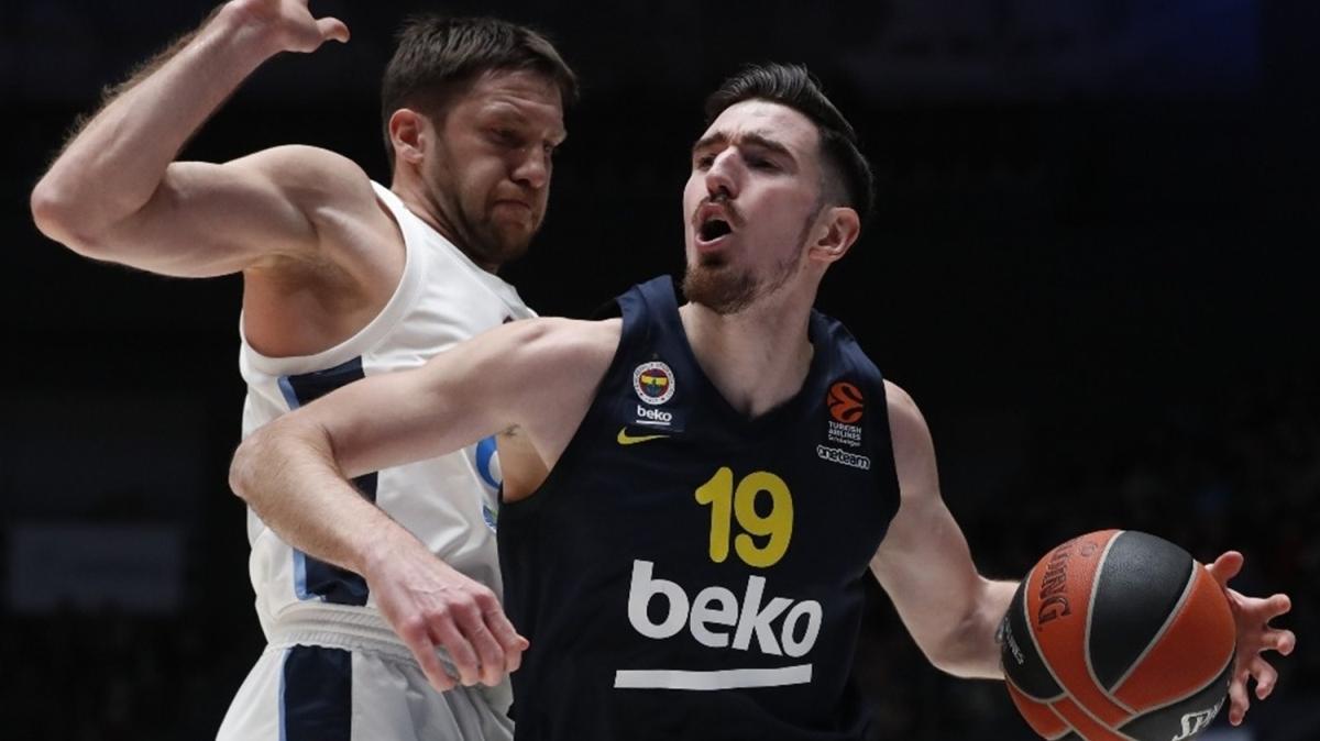 Fenerbahçe'de De Colo 1 ay forma giyemeyecek
