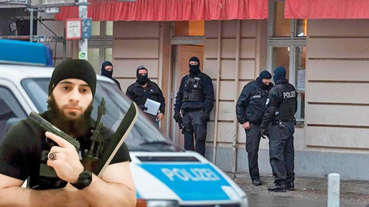 Viyana'daki kanlı saldırıyla bağlantılı dört kişi aranıyor
