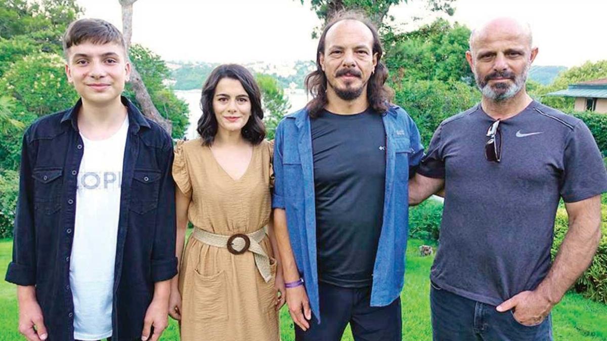 'Uzak Ülke'ye Soçi'den 'En İyi Yönetmen' ödülü