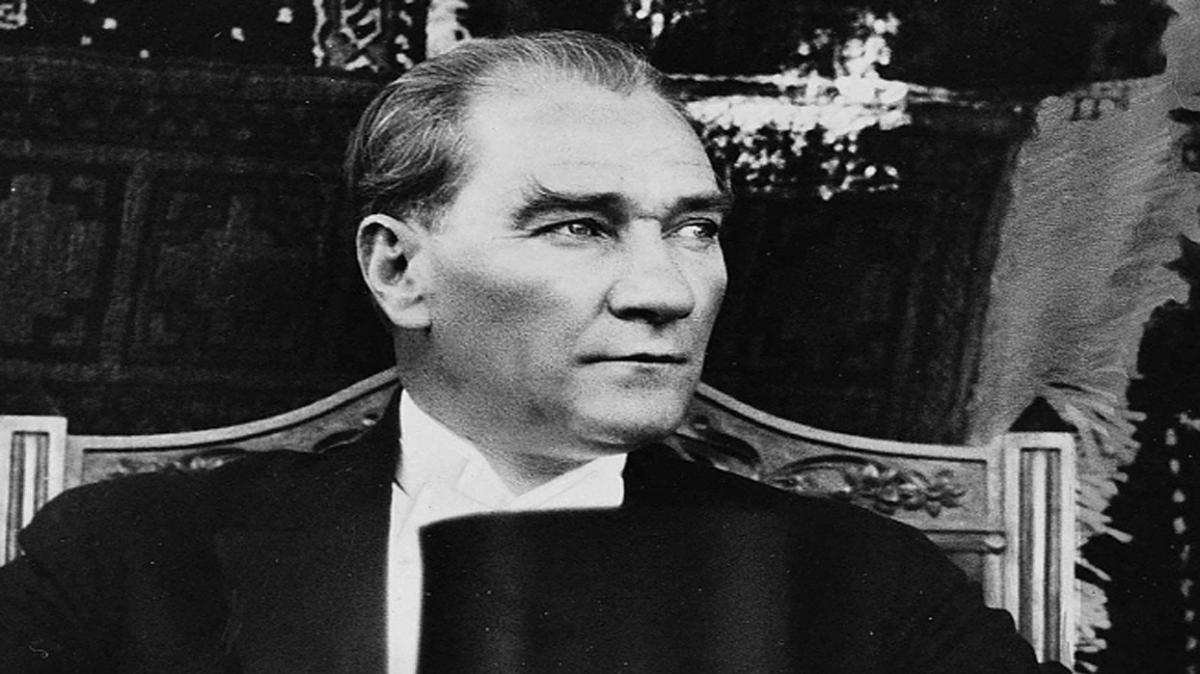 """Atatürk çocukları marşı! Atatürk çocukları marşı sözleri nelerdir"""""""