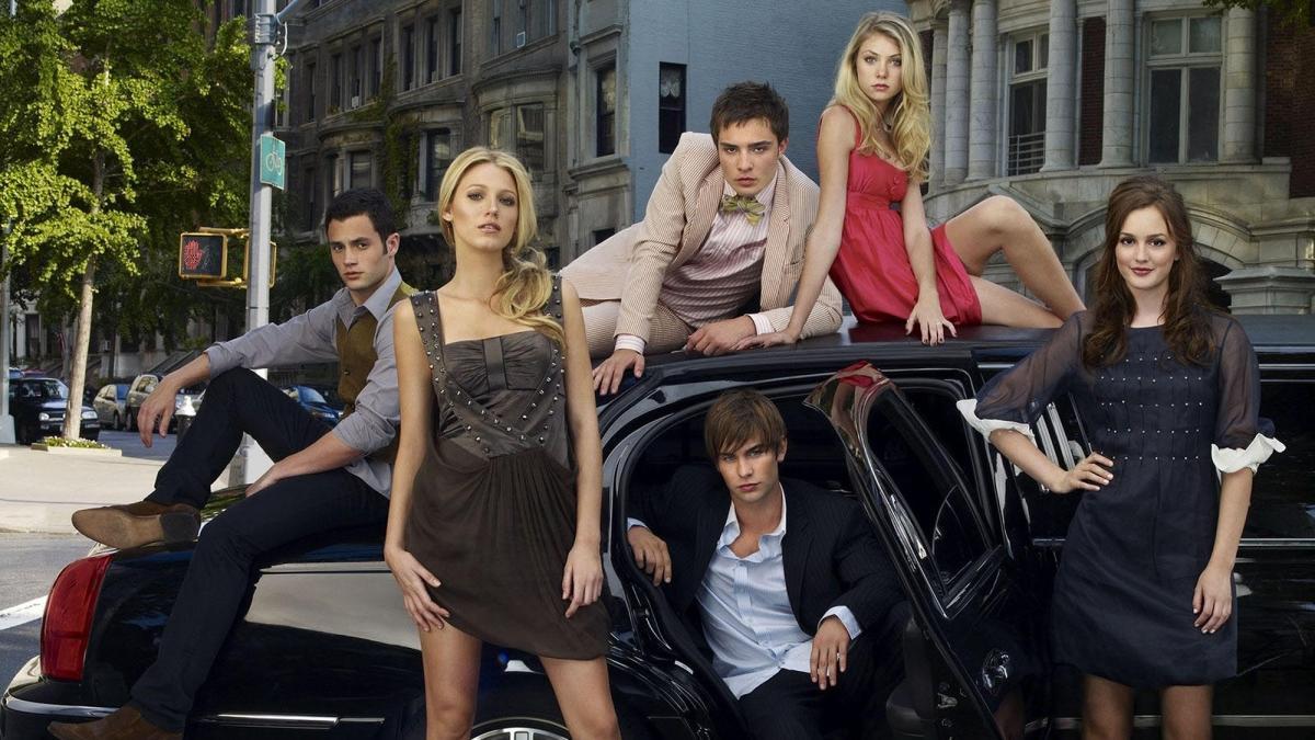 Efsane dizi Gossip Girl yıllar sonra geri dönüyor