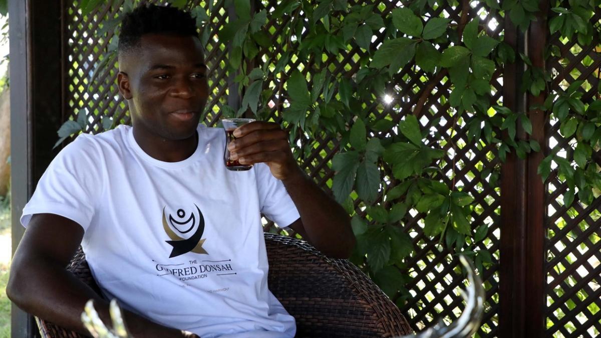 Godfred Donsah: Appiah, Essien ve Muntari gibi ikon oyuncular bize ön ayak oldu