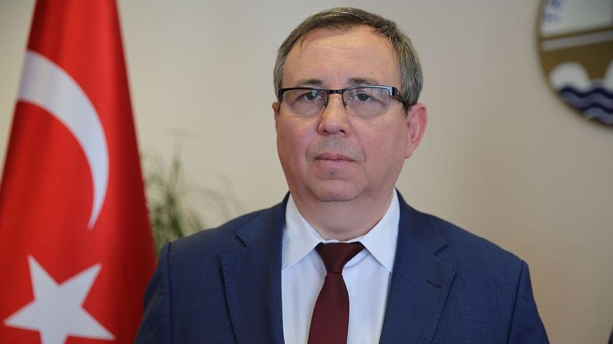 TÜ Rektörü Tabakoğlu'ndan Kovid-19 açıklaması: Hastalığa yakalanan hastaların yüzde 5'inde zatürre gelişiyor