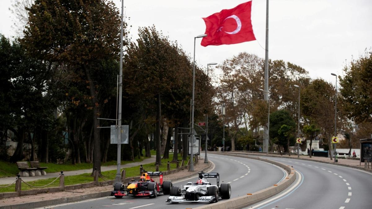 2 milyar insan İstanbul'u gözetliyor
