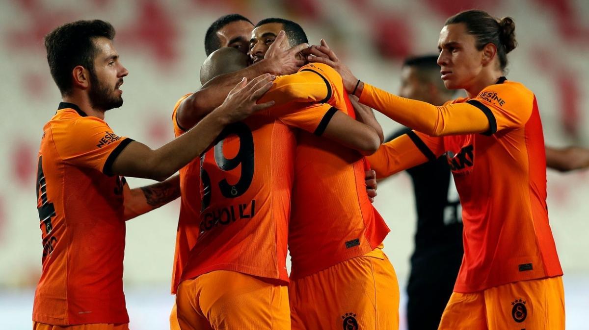Galatasaray deplasmanda daha çok puan topladı