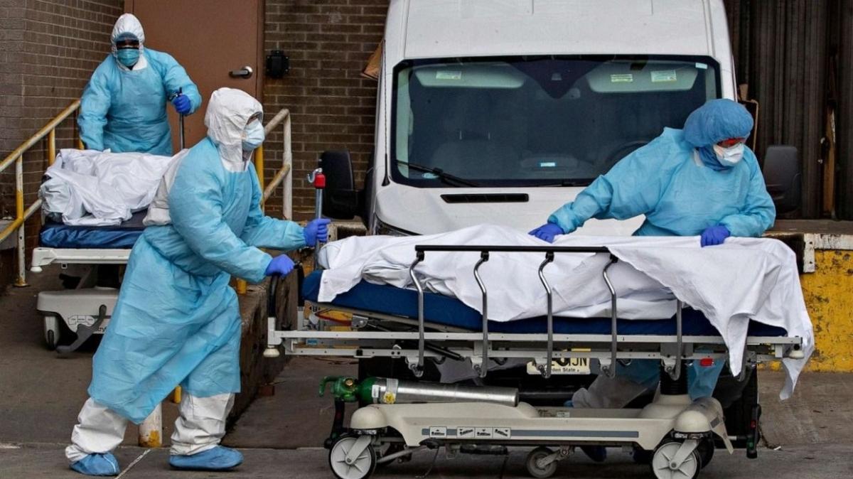 Koronavirüs vakaları artıyor: ABD'de ölenlerin sayısı 248 bin 628'e yükseldi
