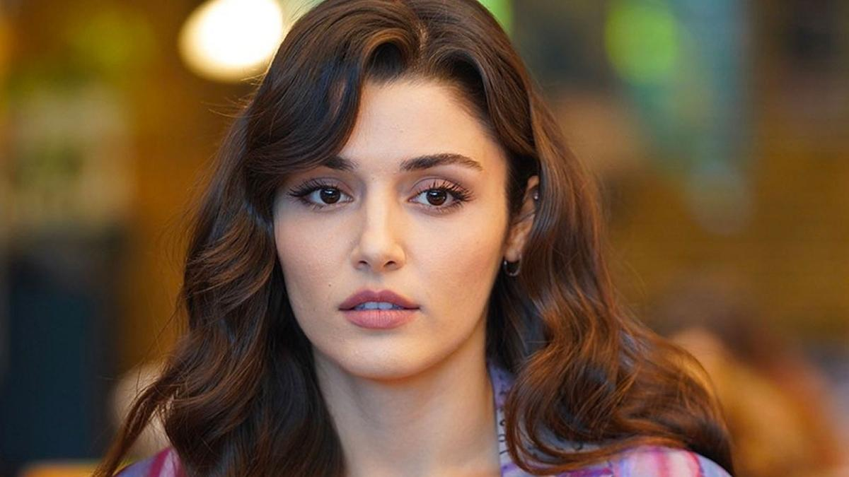 Sen Çal Kapımı'nın yıldızı Hande Erçel'den Neslihan Yeldan ile paylaşım
