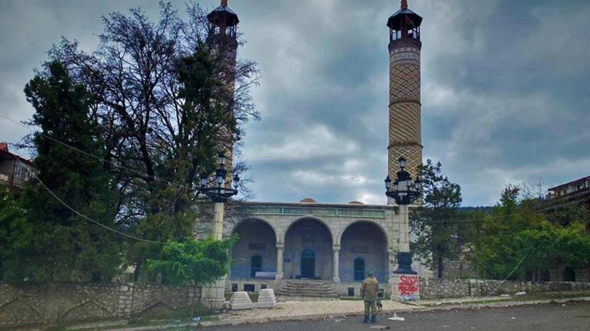 Şuşa'da 28 yılın ardından cuma namazı
