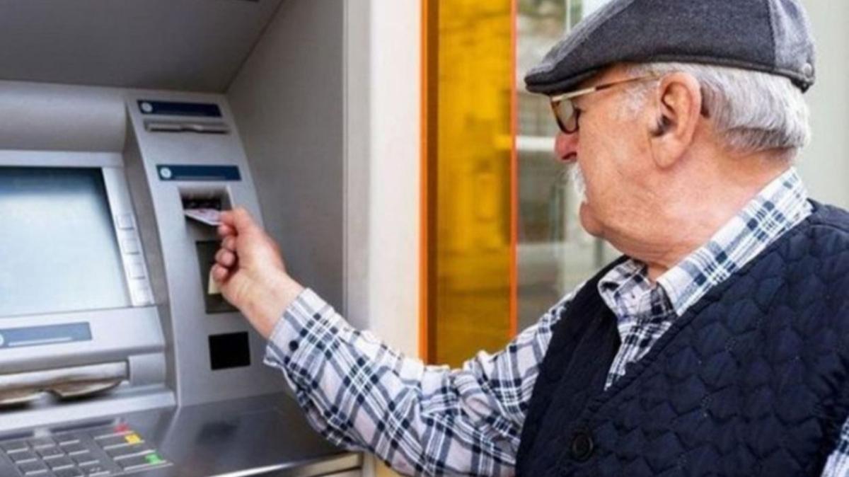 """SSK, Bağkur, Emekli Sandığı emekli maaşı ödeme günleri ne zamandır"""" Emekli maaşları ne zaman saat kaçta yatar"""""""