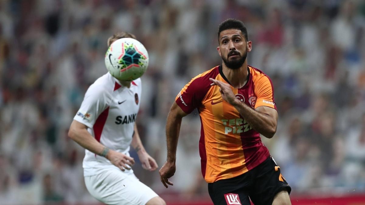 Galatasaray'da Emre'ye yeni sözleşme geliyor