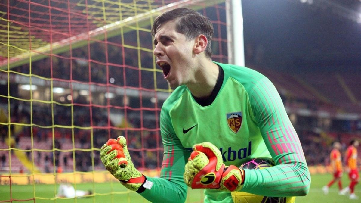 Süper Lig'de ilk 8 hafta sonunda Silviu Lung zirvede