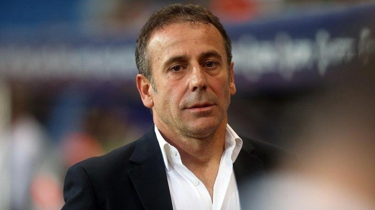 Abdullah Avcı'nın Trabzonspor'a ilk transferi Gael Clichy olacak