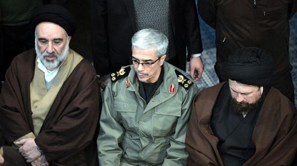 İran Genelkurmay Başkanı Bakıri'den ABD'nin teröristleri bölgeye yaymaya çalıştığı iddiası