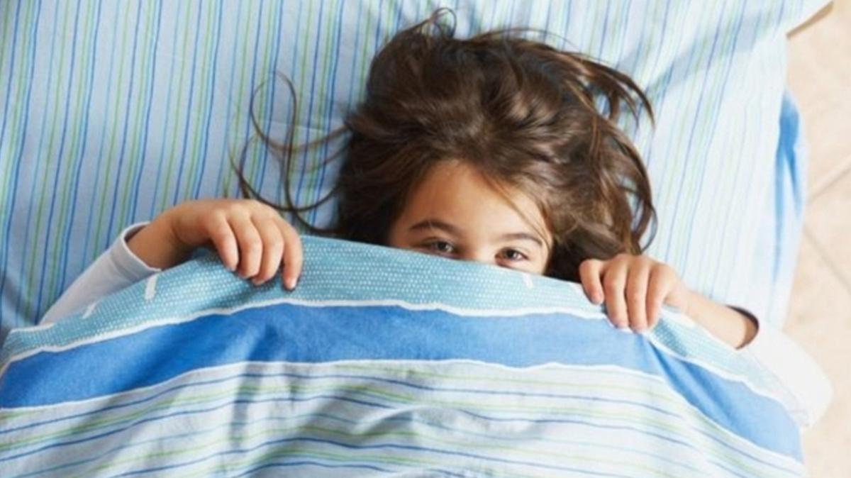 Alt ıslatma problemi yetişkinliğe kadar devam edebilir