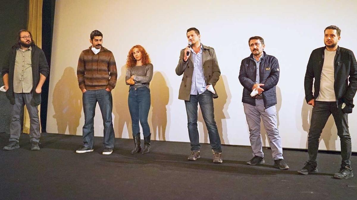 Onur Dilber, Serkan Altıntaş ve Yüksel Akça'nın başrollerinde olduğu ödüllü film 'Kapan' vizyonda
